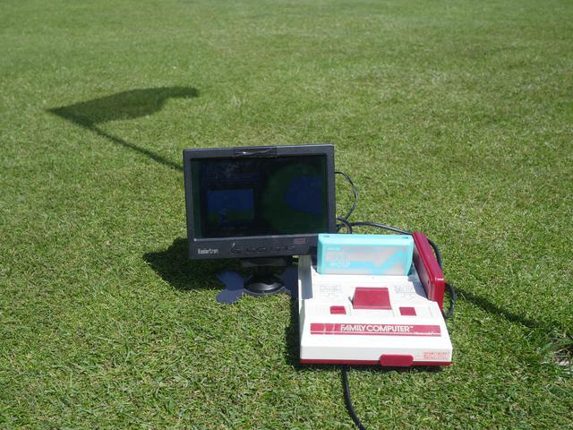 Famicom meets Golf.